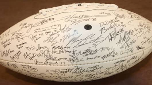 2009 National Championship Commemorative Replica Team Signature Football