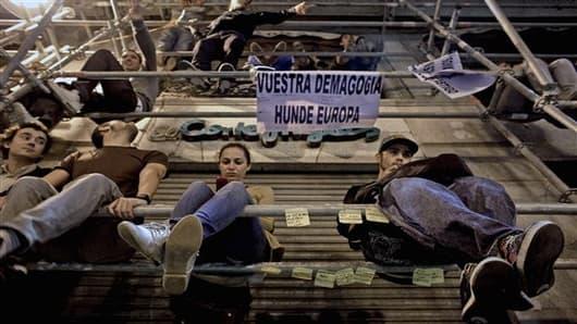 youth unemployment-1396945735_v2.jpg