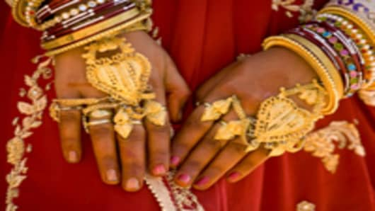 India-gold-jewelry_200.jpg