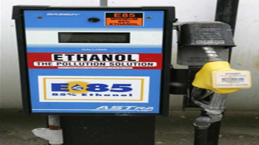 ethanol_pump.jpg