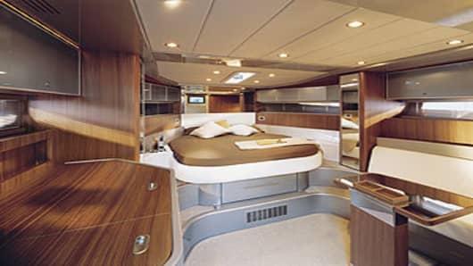 boat_riva_interior_300.jpg