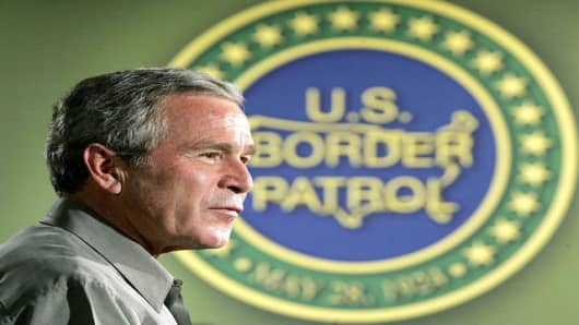 President Bush speaks at Yuma Sector Border Patrol Headquarters, Thursday, May 18, 2006 in Yuma, Ariz. (AP Photo/Pablo Martinez Monsivais)