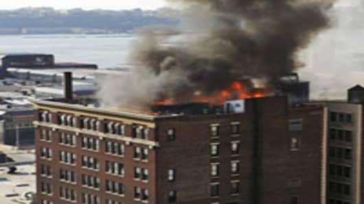 nyc_roof_fire_AP.jpg