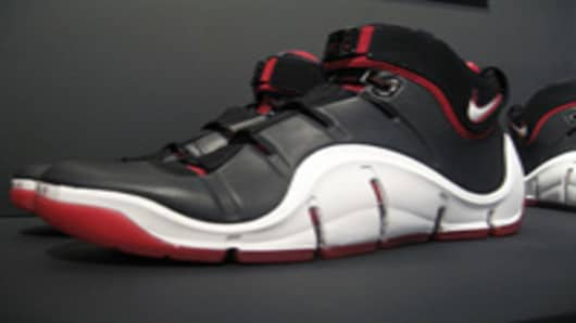 Lebron Air Zoom