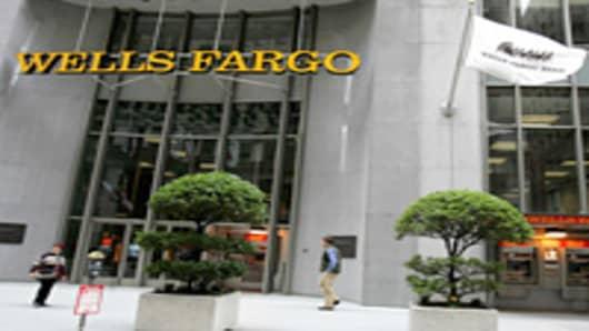 wells_fargo_front_AP.jpg