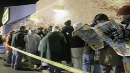 black_friday_line_BestBuy.jpg