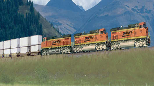 080110_BNSF_container-train-horiz-100dp.jpg