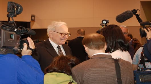 085030_WarrenInterview.jpg