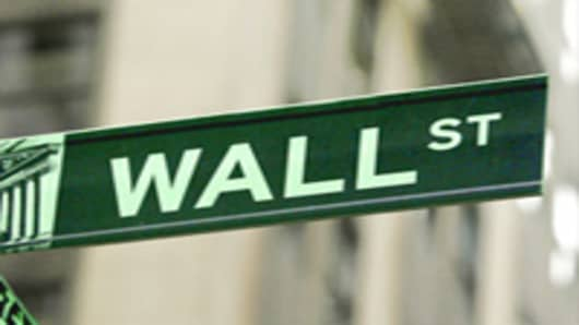wall_st_sign_green.jpg