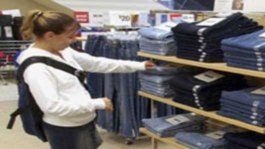shopper_teenager.jpg