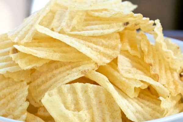 Americans spent $595 million dollars in snacks during the game last year, according to consumer research company Nielsen. The most popular snacks are potato chips ($147 million in sales) followed by tortilla chips ($125 million.)»
