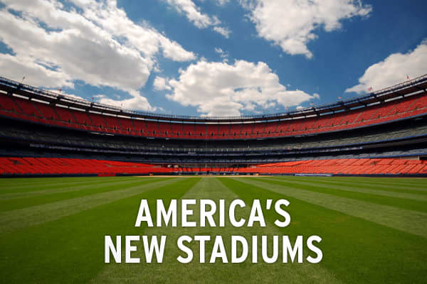 The New York Mets and Yankees are not the only teams getting new stadiums. There are currently eight new stadiums that will open in either 2009 or in the next couple of years. Take a look at some of the new stadiums around the country that are in development.