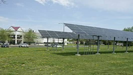 Solar panels and the business incubator on the U. of Toledo campus.