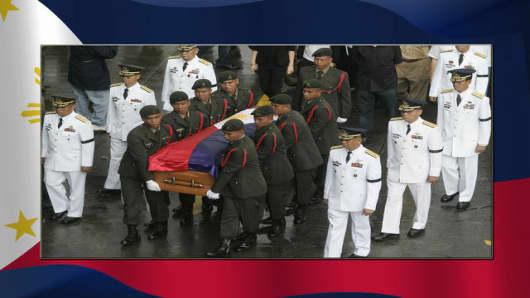 aquino_funeral.jpg