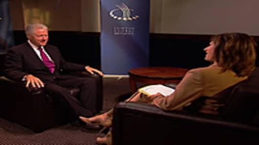 Maria Bartiromo interviewing Bill Clinton