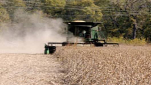 soybean_tractor_200.jpg