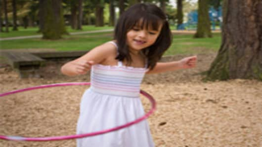 hula_hoop_child_200.jpg
