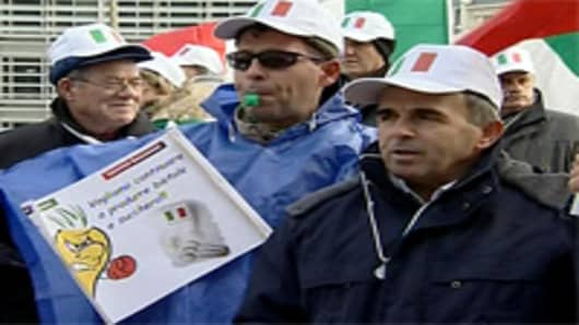 italian_sugar_protest_200.jpg