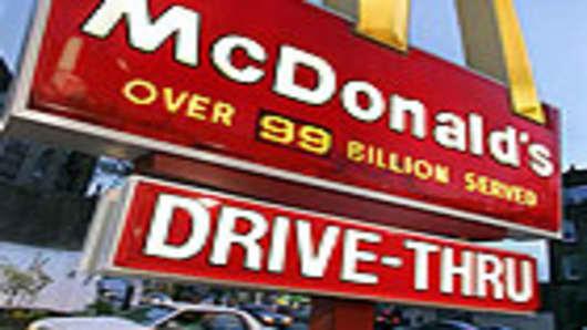 mcdonalds_sign_140.jpg