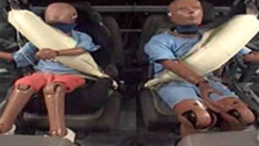 inflatable_seatbelt_200.jpg