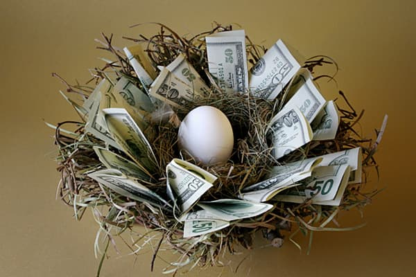 """""""Be very wary if your financial advisor wants you to put all or most of your money into one single investment. You should diversify your money…. You don't want to put money above FDIC limits, or state guaranty limits on annuities."""" - Suze"""