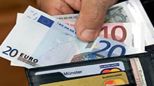 Euro bills