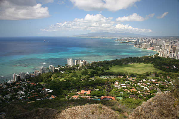"If you're looking for a good place to retire, why not choose a location in paradise? AARP Magazine selected Honolulu as one of its top retirement destinations for ""warm weather and postcard-ready scenery,"" an environment that encourages people to exercise more frequently, resulting in one of the highest life expectancy rates in the country. Honolulu also offers a robust health care system, where 95 percent of residents have health insurance, and one resident AARP Magazine interviewed described a"