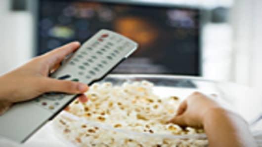 watching_tv_140.jpg