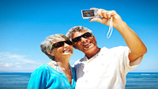 retirement_couple_camera_200.jpg