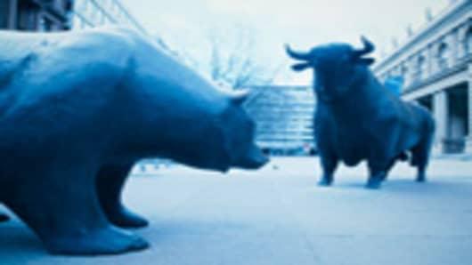 bull_and_bear_140.jpg