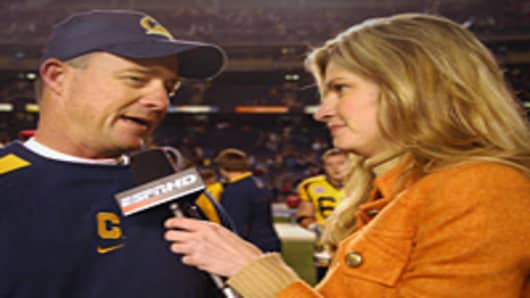 Erin Andrews of ESPN interviews California coach Jeff Tedford