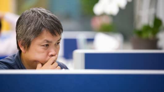 businessman_office_200.jpg