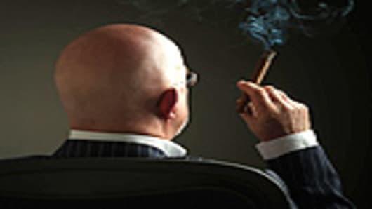man_cigar_140.jpg