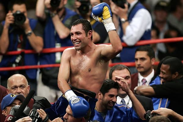 "By age 28, boxing's ""Golden Boy"" Oscar De La Hoya had won a five titles in varying weight classes, making him the youngest boxer ever win five world titles. He has a career total of 10 championship belts and was the 1992 Olympic gold medal winner. He has generated $612 million in revenue for his 18 pay-per-view fights.De La Hoya is the top pay-per-view earner in ring history, bringing in more than $600 million. In 2000, he released Grammy-nominated music album ""Oscar"" in both English and Spanish"