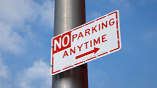 no_parking_sign_200.jpg