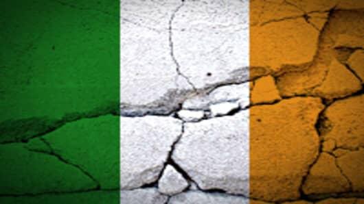 ireland_flag_cracked_200.jpg