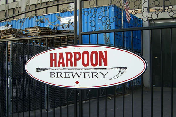 Annual sales: 130,516 barrels Share of segment: 1.43% Change in share: +0.05% Headquartered in Boston, Massachusetts, Harpoon Brewery is known best for its India Pale Ale, but also has a range of beers, including their award winning Munich Dark, 1636 brew and four seasonal beers. In 2000, Harpoon also acquired a Catamount Brewery plant in Windsor, Vermont, which increased the brewery's capacity by 55,000 barrels per year. Harpoon is also a staple in Boston culture, hosting three annual festivals
