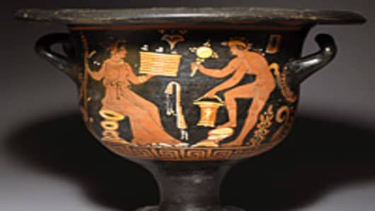 Appulian Bell Krater (350 B.C.), sold in 2010 for $4,000.