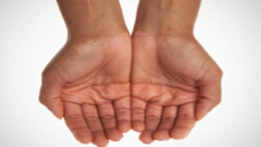 hands_cupped_200.jpg