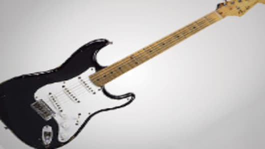 AA10_guitar_200.jpg