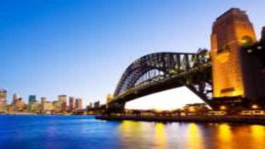 Sydney Harbor Bridge & skyline
