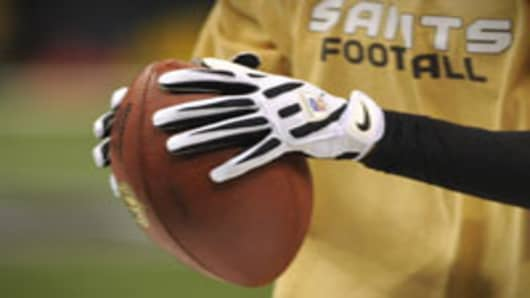 football_nike_saints_200.jpg