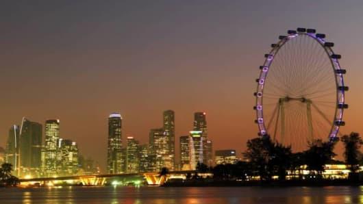 singapore skyline_600.jpg