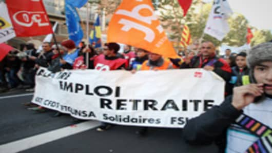 People demonstrate in Perpignan, southern France, on the sidelines of the strikes again the pension reform.