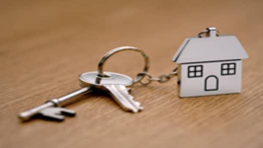 house_keychain_200.jpg