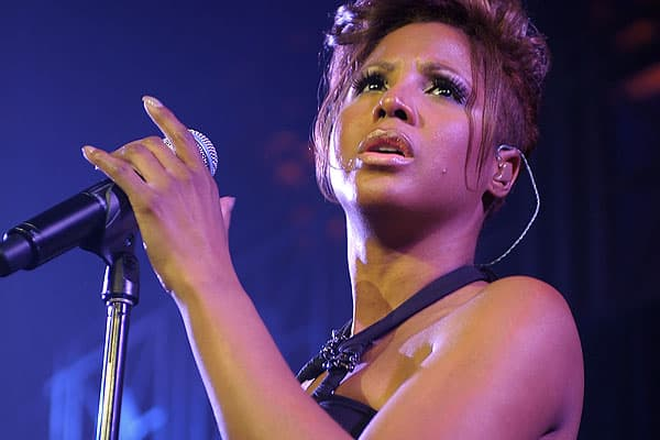 "In 2007, things were starting to look up for ""Un-break My Heart"" singer Toni Braxton. Despite selling 25 million albums worldwide, she had declared bankruptcy in 1998 after racking up a $20,000 American Express bill and monthly expenses of over $43,000. However, she soldiered on with her career and released a popular new album in 2000, The Heat. Finally, she was back on track, and she could put her financial troubles behind her.Braxton's career renaissance was so successful that she was asked to"