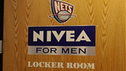 nivea_door_200.jpg