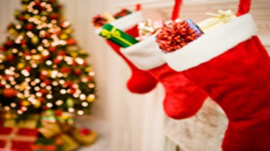 stockings_tree_200.jpg