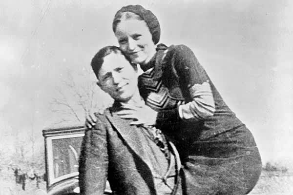 Perhaps the most infamous female bank robber of all time, Bonnie Parker was the female half of the famous duo Bonnie and Clyde.After years spent running from the law for murders while robbing grocery stores, filling stations and small banks, Bonnie and Clyde met their end on May 23, 1934 in an ambush at their hideout in Black Lake, La. Officers waited for their car on a roadside and riddled them with 167 bullets. Bonnie was found holding a machine gun, a sandwich and a pack of cigarettes. Clyde,