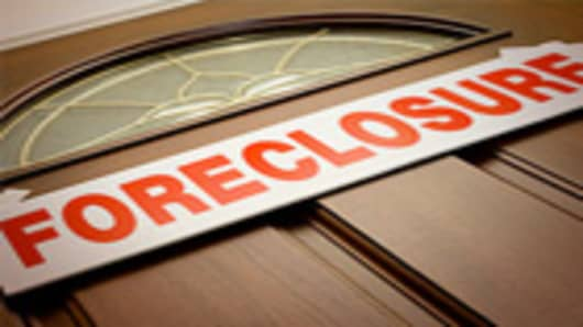 foreclosure_door_140.jpg